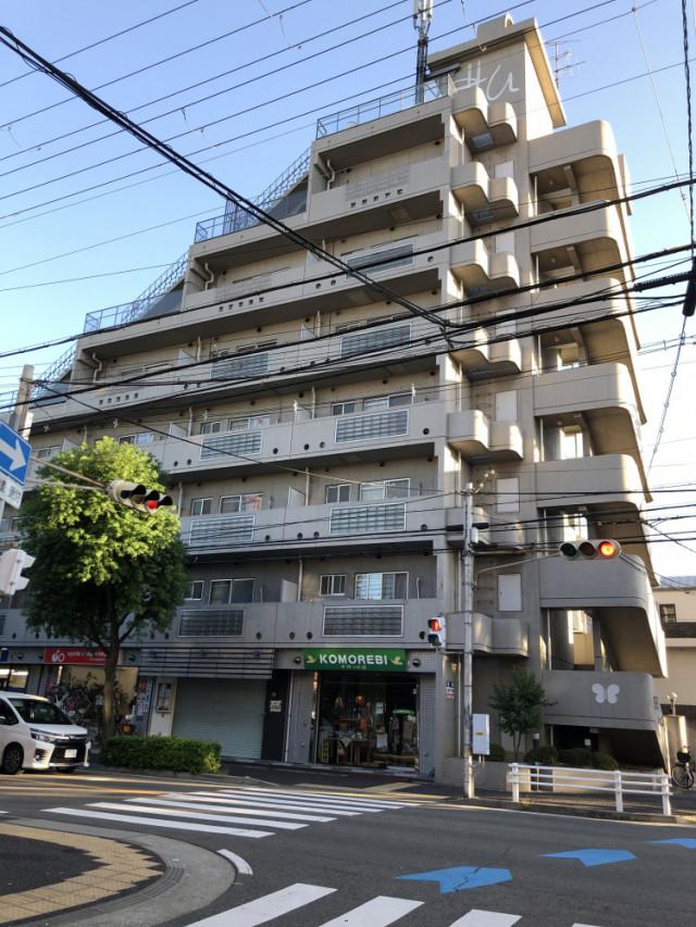 こちらのマンションの6階です!